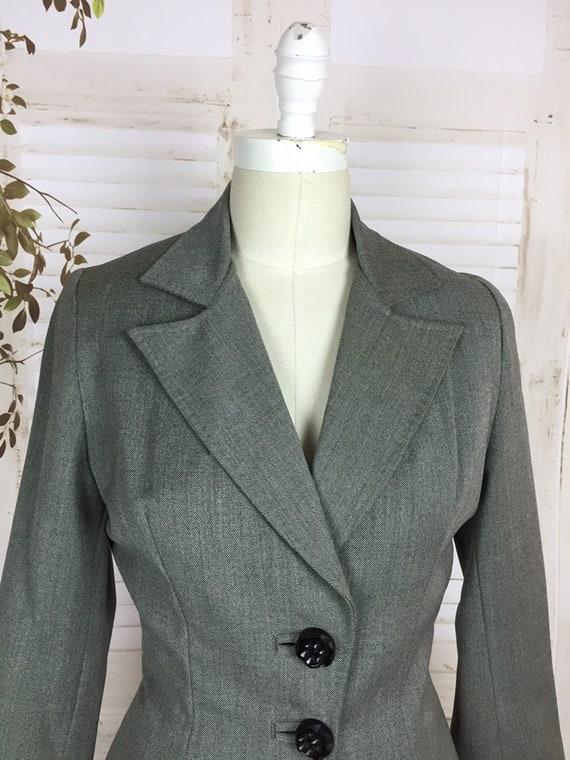 Original 1940s Grey Wool Vintage Skirt Suit Black… - image 5