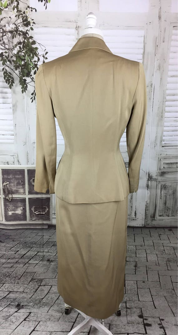Original 1940s Beige Arrow Gabardine Skirt Suit - image 8