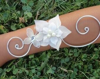 Bridal bracelet wedding jewelry set ivory Butterfly silk flower