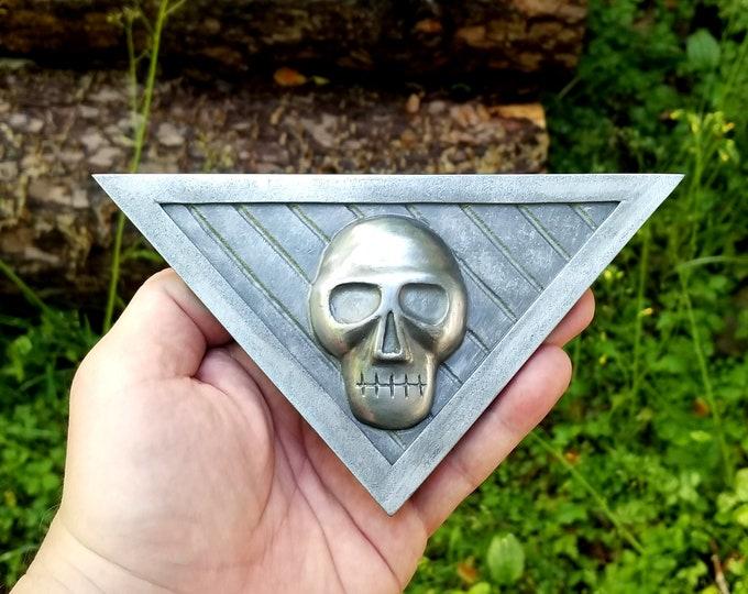 Triangle Skull Buckle