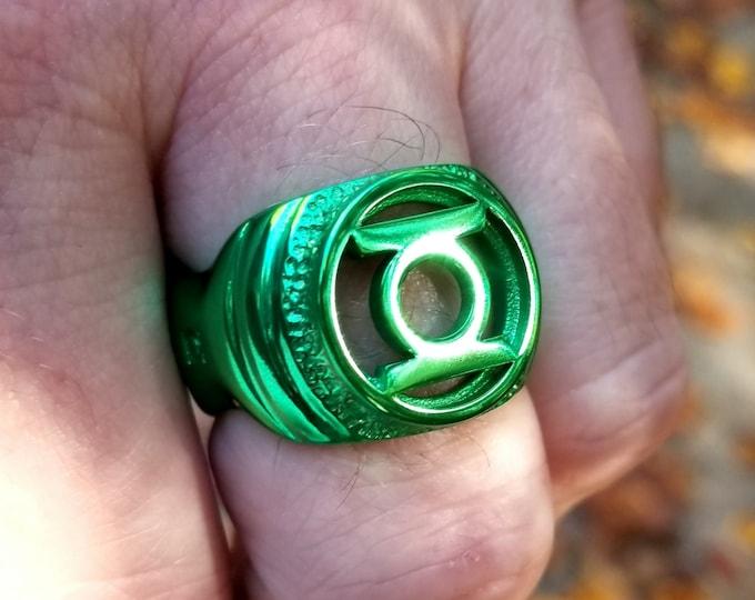 UAB Nano-Ceramic Green Signet Ring of Willpower