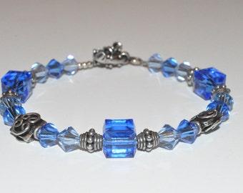 Blue Beaded Bracelet, Beaded Crystal Bracelet, Bridesmaid Bracelet, Glass Beaded Bracelet, Beadwork Bracelet, Mothers Day Jewelry