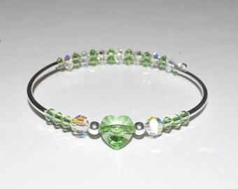 Green Heart Bracelet, Beaded Heart Bangle, Beaded Bracelet, Green Glass Bracelet, Valentines Bracelet, Beadwork Bracelet, Crystal Bracelet