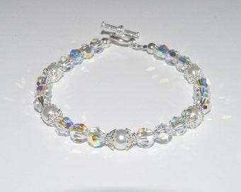 Crystal and Pearl Bracelet, Crystal Beaded Bracelet, Pearl Beaded Bracelet, Swarovski Crystal Bracelet, Communion Bracelet, Wedding Bracelet