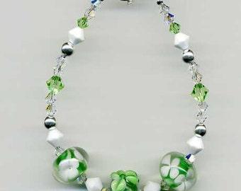 Green and White Beaded Bracelet, Beaded Lampwork Bracelet, Floral Lampwork Bracelet, Green Crystal Bracelet, Beaded Bracelet, Beadwork Art