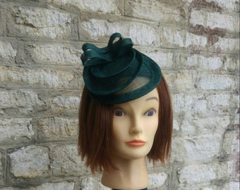 Dark green wedding fascinator hat deep green mini hat races fascinator Kate  Middleton hat tea party hat 27acc2b82a4