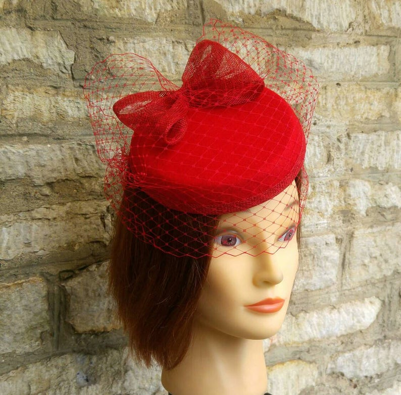 Red pillbox fascinator hat and birdcage veil on headband 1940s  310d7ab98a7
