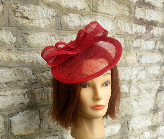Red wedding fascinator hat cocktail races hat poppy red race  83a6f66e6c8