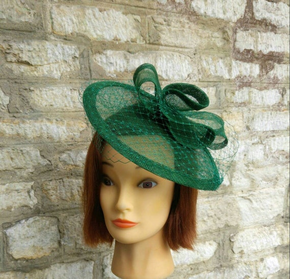 Dark green wedding fascinator hat with bows and veiling forest  d4731d3346f