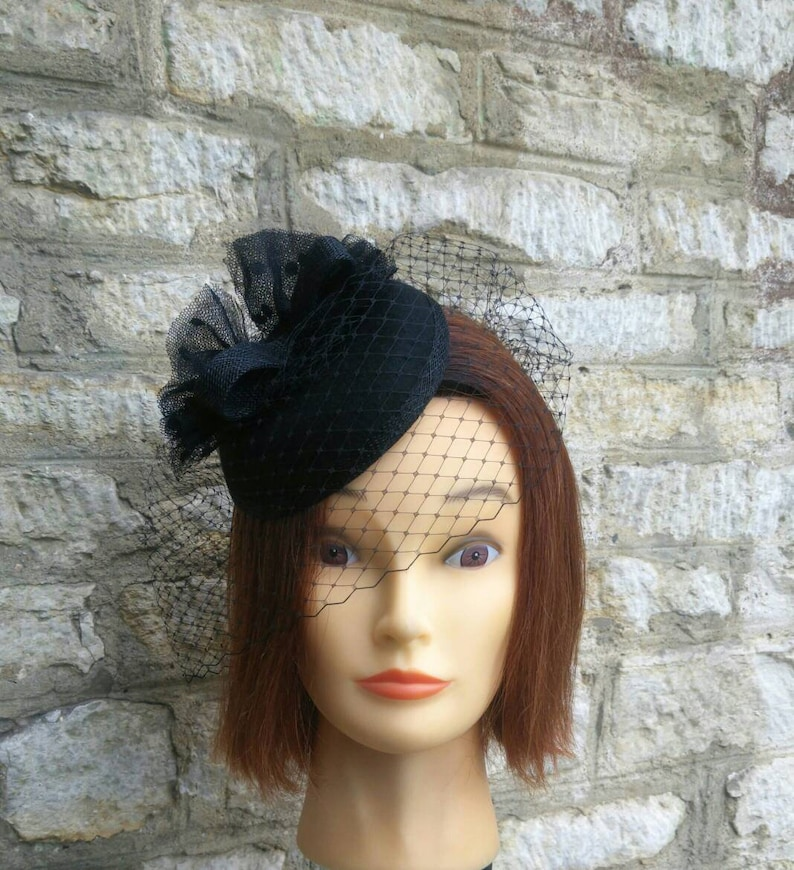 Black Pillbox hat rounded cocktail hat with fascinator veil  fa10d90ec74