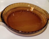 BARGAIN SALE Amber Glass Fluted Pie Pan With Handles - Anchor Hocking Fire King 470