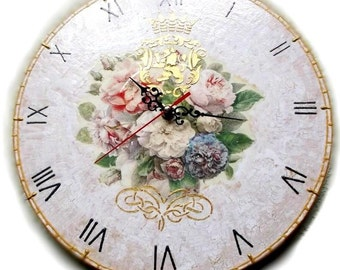 """Royal Roses - Decoupage Handmade Wall Clock on vinyl record 12,5 """" (30 cm) Antique Style Shabby Chic home decor craquelure roses flowers"""
