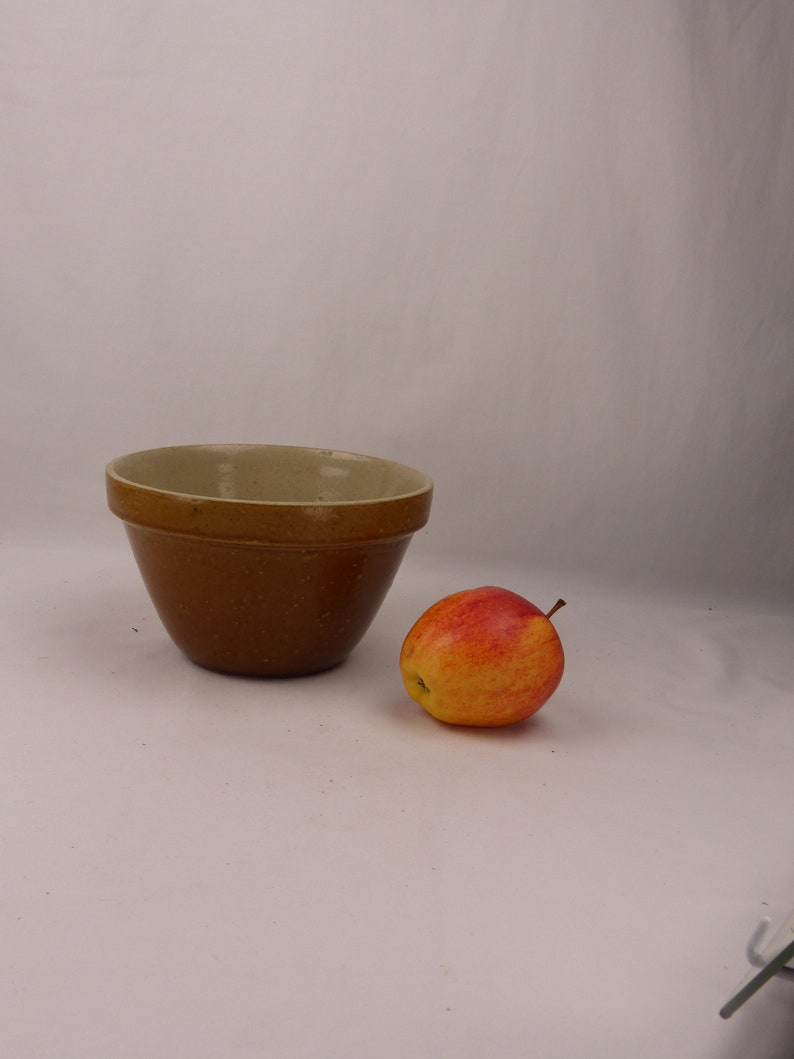 Christmas Pud Vintage pudding bowls basins Sold individually 1.5-5 pint White ironstone brown earthenware JAJ Pyrex Sprayware yellow