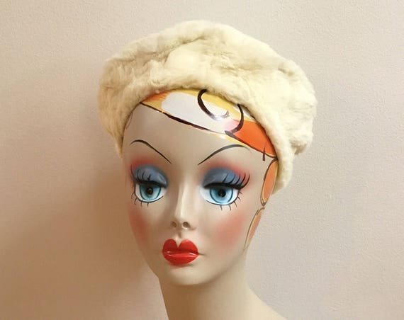 Vintage 1950s / 1960s - women's glam formal circular white fur soft pillbox hat - accessories