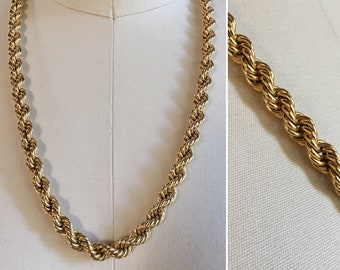 Vintage 1980s - unisex matinee length gold metal rope chain necklace - costume jewelry - accessories