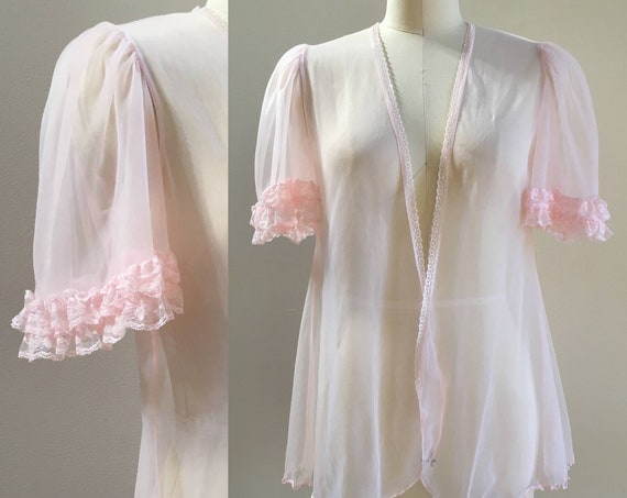 Vintage 1950s / 1960s - pinup girl rockabilly pink ruffle sleeve sheer nylon bed jacket / robe - lingerie boudoir - burlesque one size