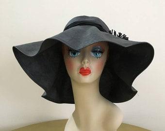Vintage 1950s / 1960s - women's pin up girl glam large black round wide brim floppy hat - flower detail - accessories