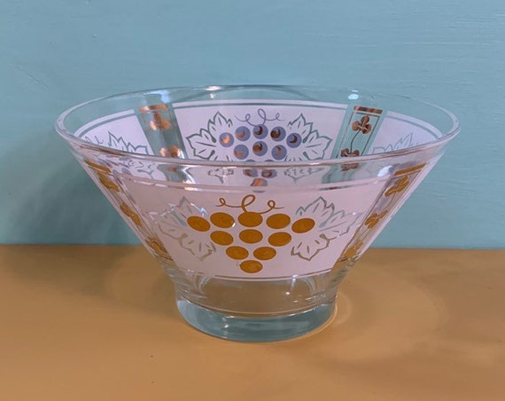 1950s / 1960s - large clear glass punch bowl / serving bowl - white & gold grapes and leaves design