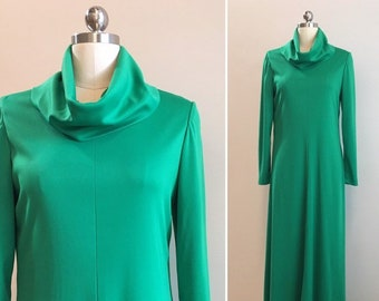 Vintage 1970s - women's fall winter Kelly green long sleeve cowl neck polyester maxi dress - L / XL Extra Large - 38 bust 30 waist
