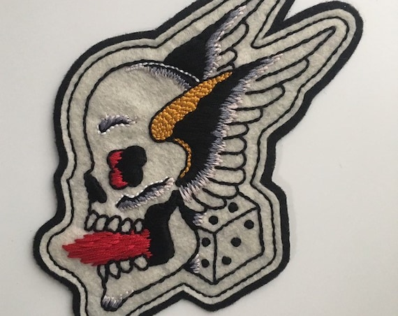 Handmade / hand embroidered off white & black felt patch - Sailor Jerry skull with wings and dice - vintage style - traditional tattoo flash