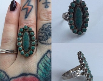 Vintage 1970s - women's sterling silver western Native American style ring - oval & circle turquoise stones - jewelry accessories - 8.5