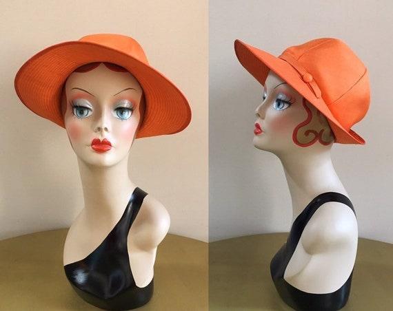 Vintage 1960s - women's orange wide brim round top bucket style sun hat - headwear - accessories
