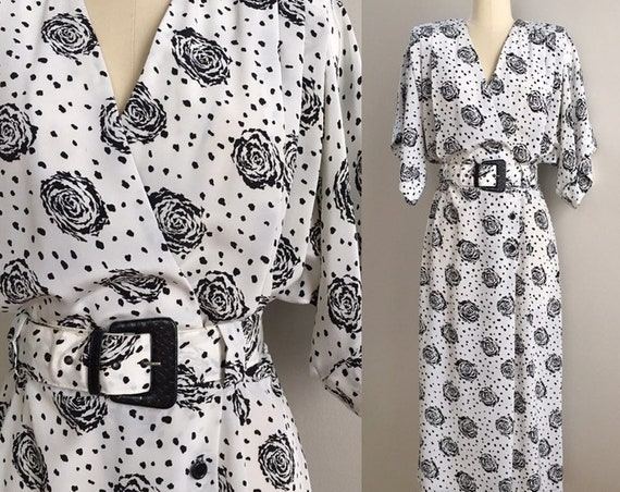 Vintage 1980s - women's black & white roses floral print short sleeve wrap style shirt dress - matching belt - XL XXL - open bust 34 waist