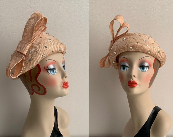 1950s / 1960s - women's pink woven straw fascinator hat - large bow & rhinestones detail - head wear accessories