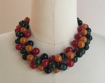 Vintage 1950s - rockabilly pin up green, red, orange & black beaded Bakelite cluster short chain choker necklace - jewelry - accessories
