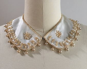Vintage 1940s - cream white satin and champagne pearl bridal Peter Pan collar with hook and eye closure