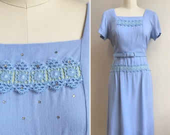 Vintage 1950s 50s 50's rockabilly light blue short sleeve cotton fitted wiggle dress lace ribbon rhinestones belt L large 38 bust 31 waist