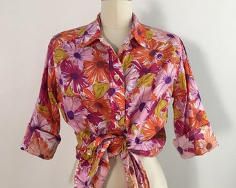 Vintage 1960s - women's yellow, pink, orange, and fuchsia floral daisy novelty print cotton shirt top - Large - 42 bust 42 waist