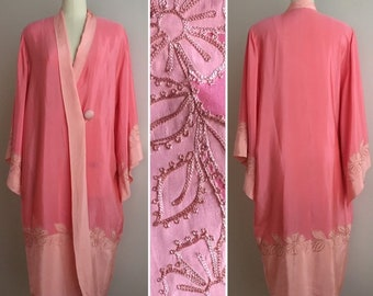 Vintage 1920s - peach pink two tone embroidered silk kimono dressing boudoir robe - floral embroidery - up to L / XL - Large / Extra Large