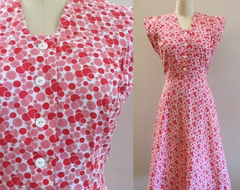 Vintage 1940s - women's pin up girl red & white polka dots print cap sleeve cotton day dress - S small - 36 bust 26 waist