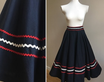 Vintage 1950s 50s 50's pinup rockabilly black cotton high waist full circle Mexican western skirt red white rick rack S small 24 25 waist