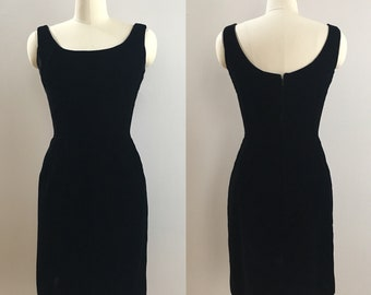Vintage 1960s - women's pin up bombshell sleeveless sexy velvet bodycon tight fitted evening little black dress S small 34 bust 24 waist