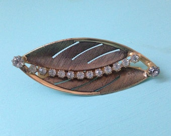 Vintage 1950s - gold metal leaf shaped hairpin / barrette - white rhinestones detail - accessories / costume jewelry