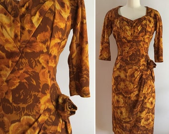 5a382e5bc85 Vintage 1950s 50s 50 s women s pinup fall yellow orange brown roses floral  print 3 4 sleeve fitted wiggle dress Small 34 bust 26 waist