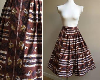 Vintage 1950s / 1960s brown cotton batik print high waist full skirt - gold coin deb-loom detail - S small - 25 waist