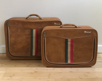 Vintage 1950s / 1960s - mid century matching set medium large brown vinyl Italian Monarch travel vacation luggage / suitcases - key included