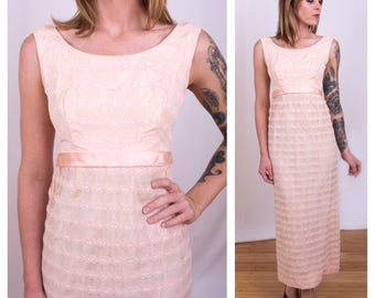 Vintage 1960s - sleeveless long pink taffeta & white floral lace empire waist party / cocktail maxi dress - S / M - 34 bust - 28 waist