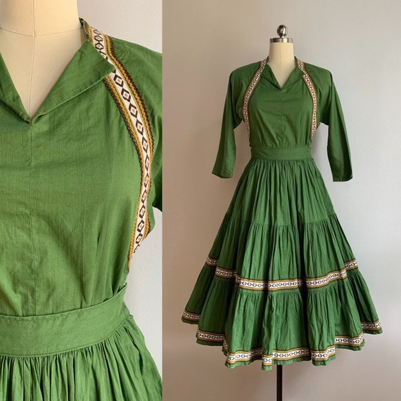 Vintage 1950s - women's 2-piece light green top & full circle skirt western patio set - brown and yellow rick rack - XS - 38 bust 24 waist