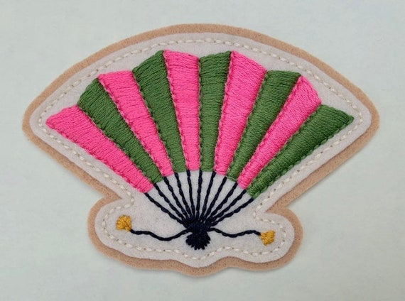 Handmade / hand embroidered tan & off white felt patch - pink and green vintage style folding fan