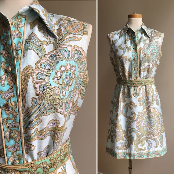 Vintage late 1960s - sleeveless blue, green, gold & pink paisley hippie mini shirt dress - pockets - belt - M - 36 bust 28 30 32 waist