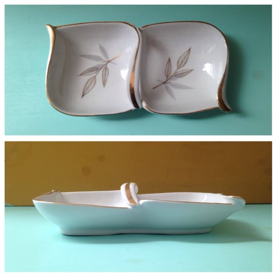 Vintage 1950s 50s 50's white ceramic midcentury Japanese rectangle trinket soap tray ashtray gold painted leaves center handle home decor
