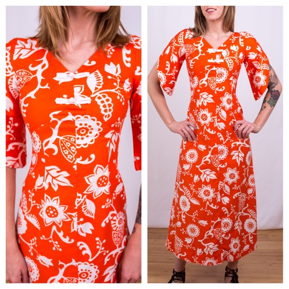 Vintage 1950s - orange & white Waikiki Holiday Hawaiian tiki floral print cotton dress - bell sleeves - Small - 32 bust 26 waist