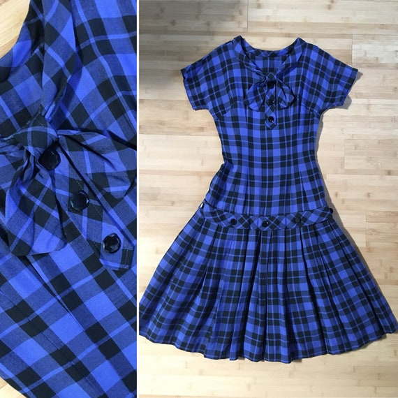 Vintage 1950s - black & blue plaid cotton short sleeve drop waist day dress - sailor style collar - S - bust waist