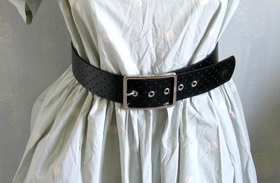 fe01c3f57127 Noir ceinture en simili cuir ceinture ceinture noire Gypsy   Etsy