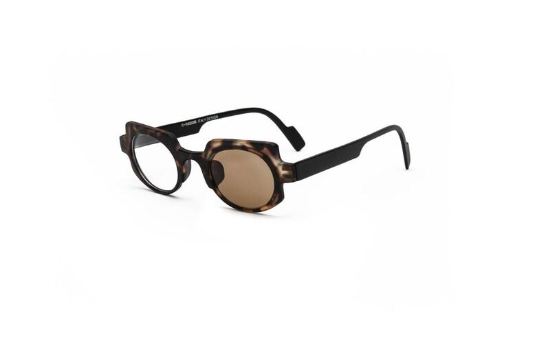 b8a8942fa01c Matte Tortoise Black Photochromic Reading Glasses Square