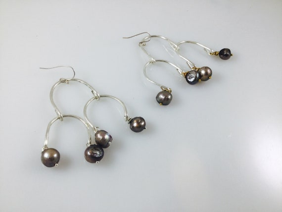 Stronger together Pearl dangle earrings